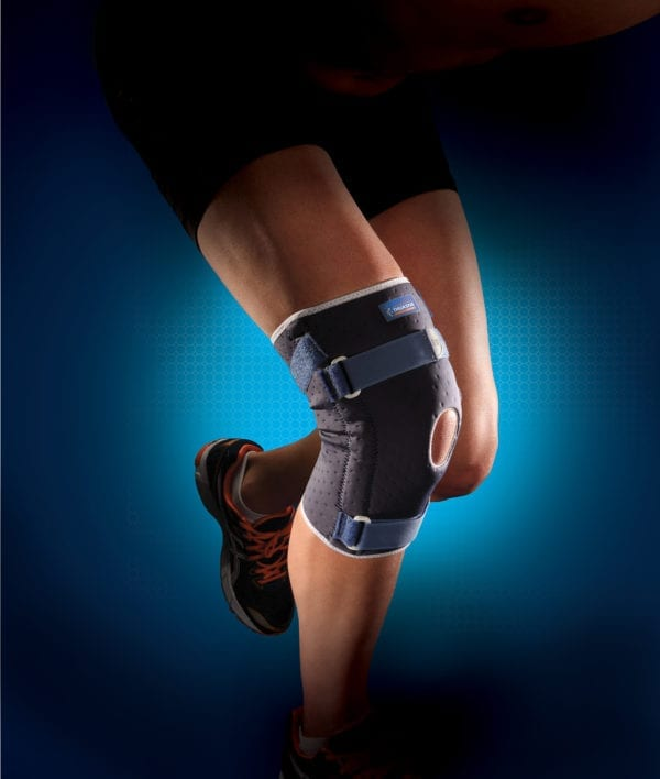 A person wearing a Thuasne Reinforced Ligament Knee Brace